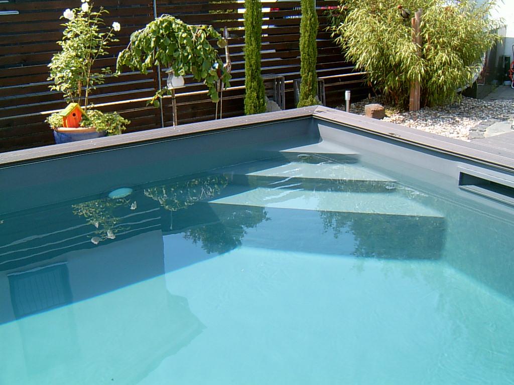 Folien mit treppe for Pool mit schwarzer folie